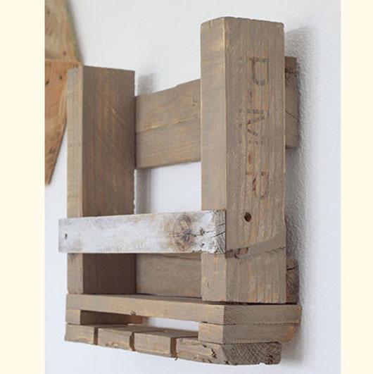 etag res pour bouteilles de vin et verres la vie du bois. Black Bedroom Furniture Sets. Home Design Ideas